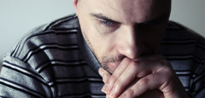 Study: Depressed people notice when they need to inhibit a behavior but have trouble 'braking'