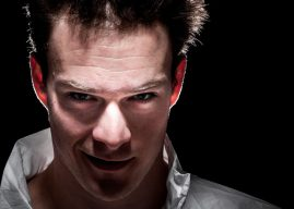 Psychopaths show reduced emotional reactivity to harmful acts in everyday moral decisions