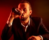 Binge drinking can alter the way your brain directs attention, study finds