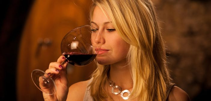 Study examines: Does a larger wine glass make you drink faster — or slower?