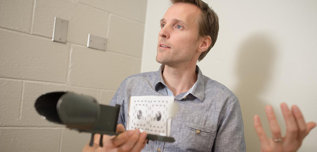 Neuroscientist discovers brain's visual cortex makes it own decisions