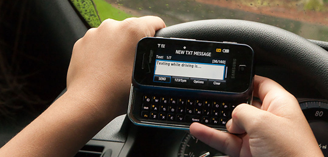 Study Uncovers Why Some People Cant Stop Texting While They Drive
