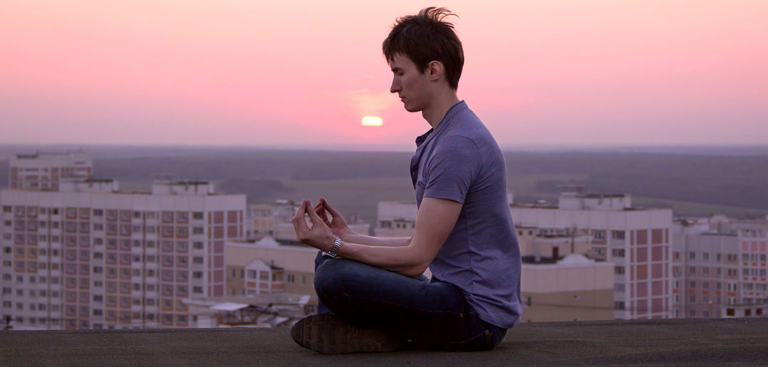 Practicing meditation reduces mind wandering while reading