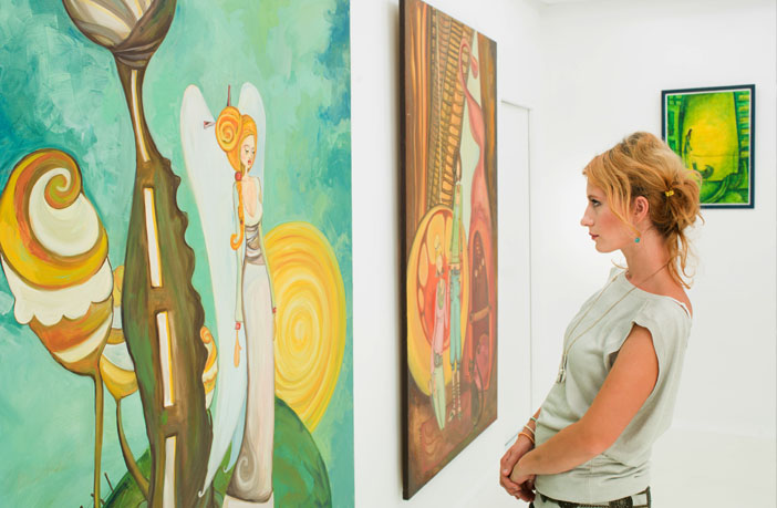 Scientist explains prestige-biased learning -- and why even art experts can't always grasp art