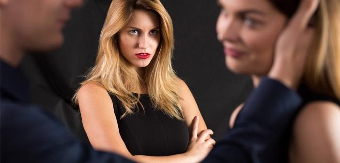 Grandiose and vulnerable narcissists have different responses to infidelity